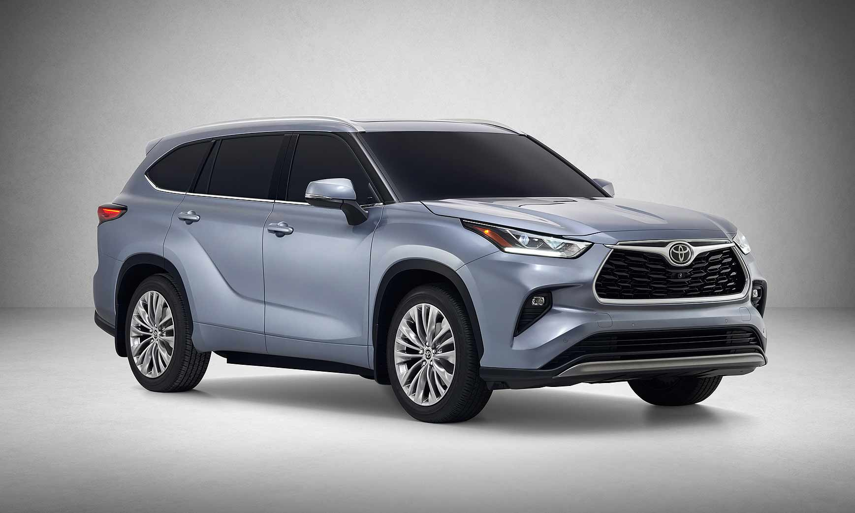 2019 New York Auto Show Toyota Refines Highlander Juices Hybrid