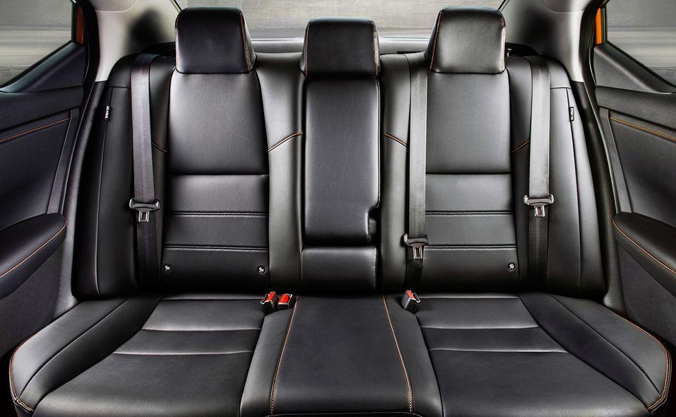 14-2020-nissan-sentra-interior-rear-seating.jpg
