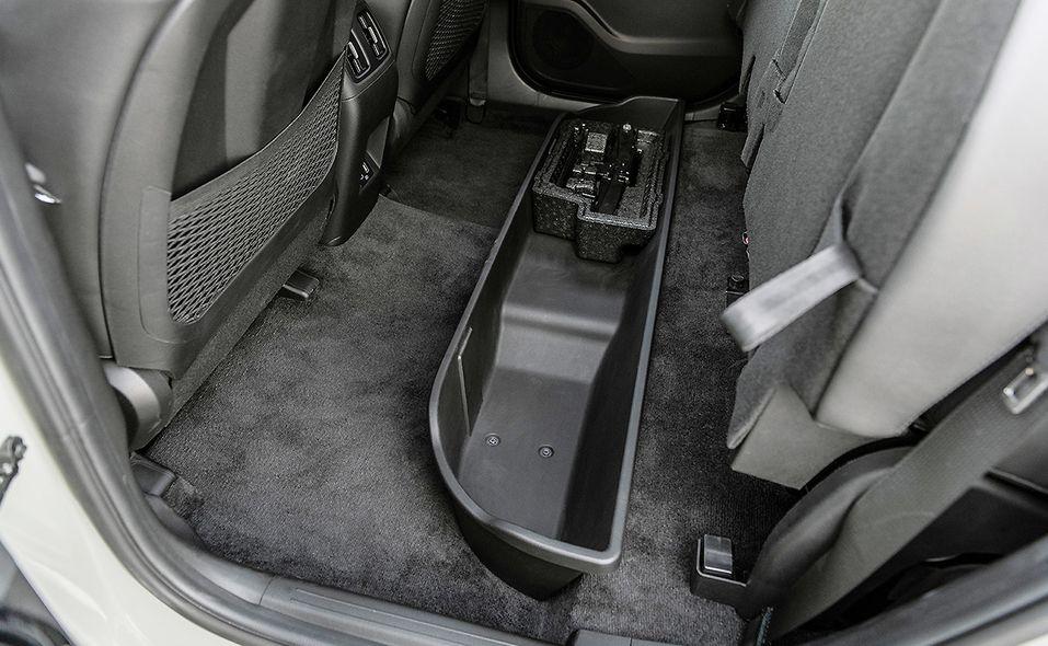 21-santa-cruz-rear-seat-storage.jpg
