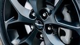 chrysler-pacifica-wheel-closeup-14.jpg