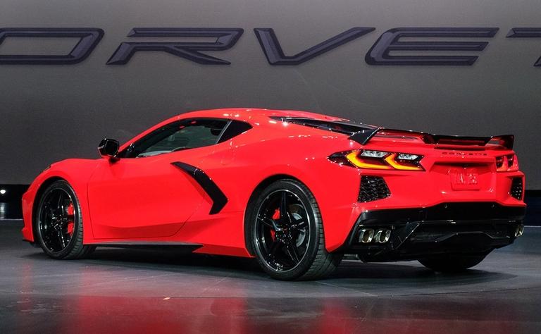2020-corvette-rear-quarter-driver.jpg