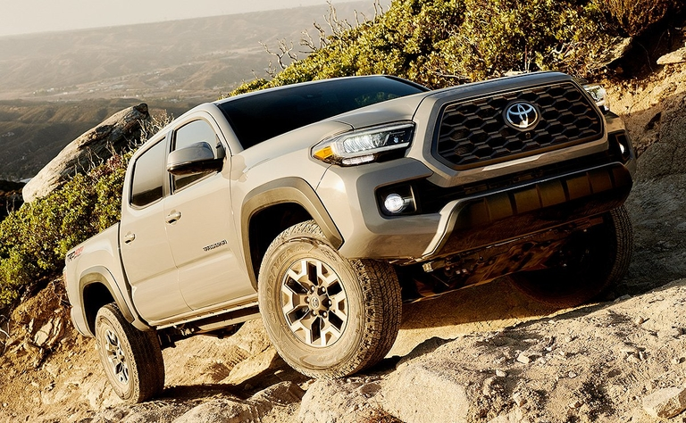 Toyota updates 2020 Tacoma with new infotainment options, styling touches
