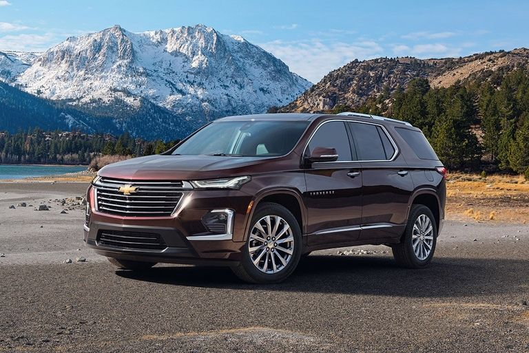 2022-Chevrolet-Traverse-Premier-MAIN_i.jpg