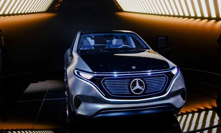 Mercedes plans electric S class to challenge Tesla