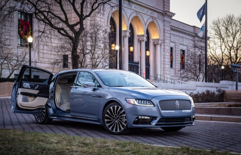 Lincoln Continental with suicide doors not coming to Canada