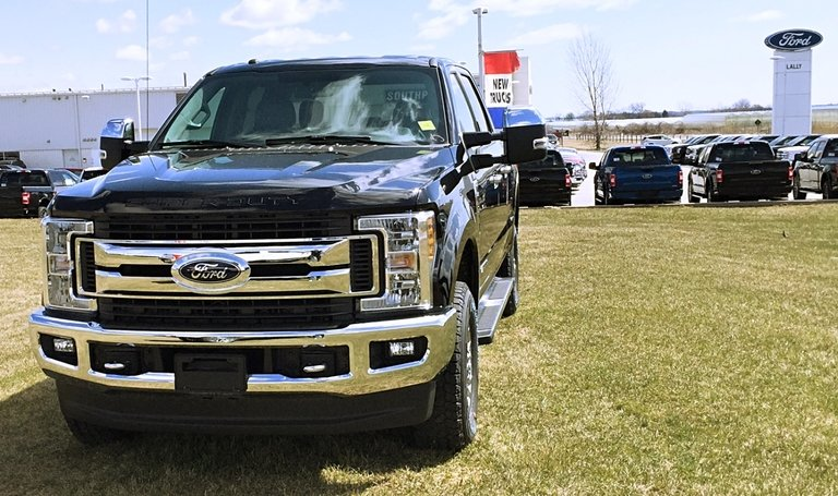 Ford recalls 90,000 F-150s in Canada because tailgates can unintentionally open