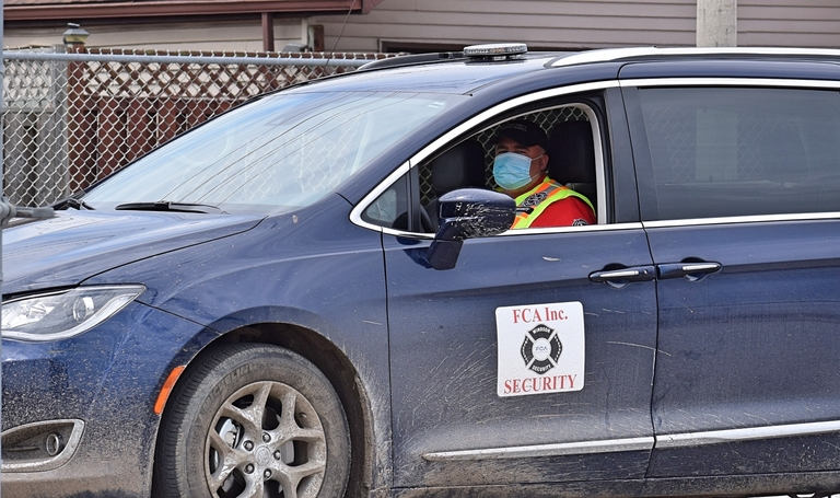 FCA, Unifor in COVID-19 safety talks as automaker eyes return to production