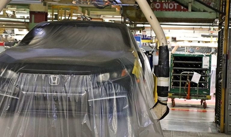 Honda, Toyota on pace to out-produce Detroit 3 in Canada for first time