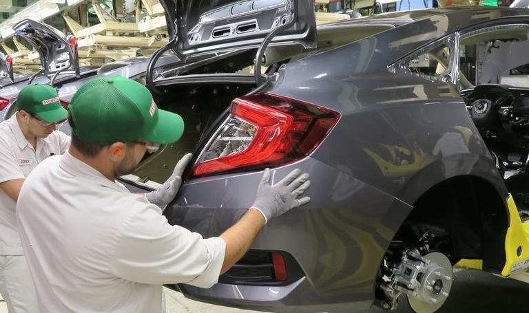 Toyota, Honda plan production halts in North America next week