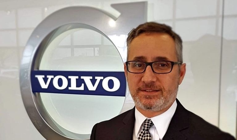 Volvo Dealer John Martins