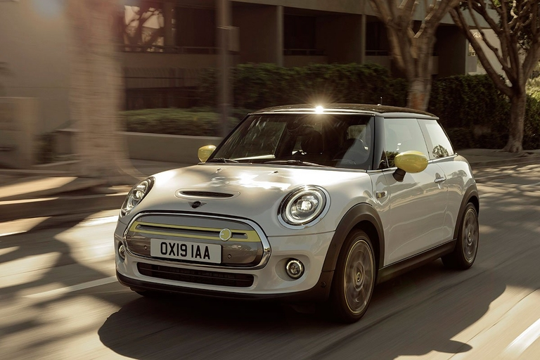 Mini Canada to target Montreal, Vancouver with new all-electric Cooper SE