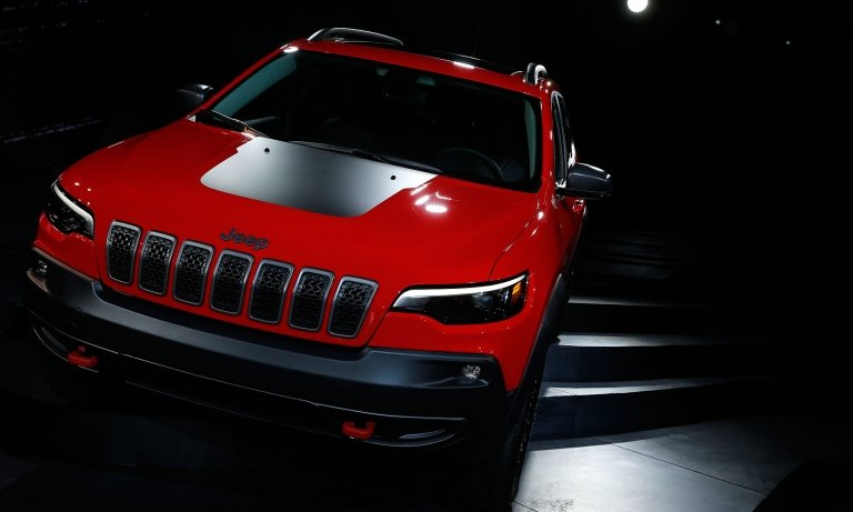 Jeep Cherokee gets new engine, nip and tuck for 2019