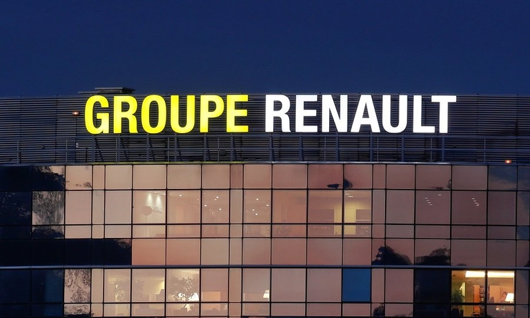Renault will decide next week whether to proceed with FCA merger talks, report says