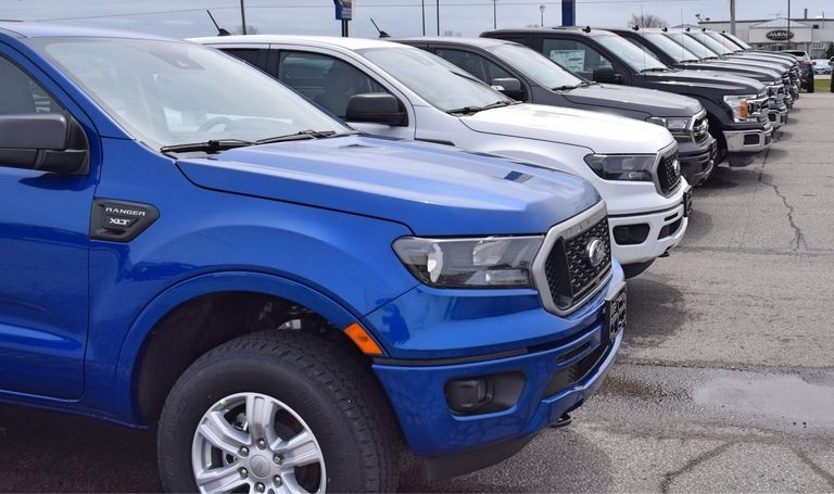 Canadian dealers hiring back staff, but still want federal subsidy