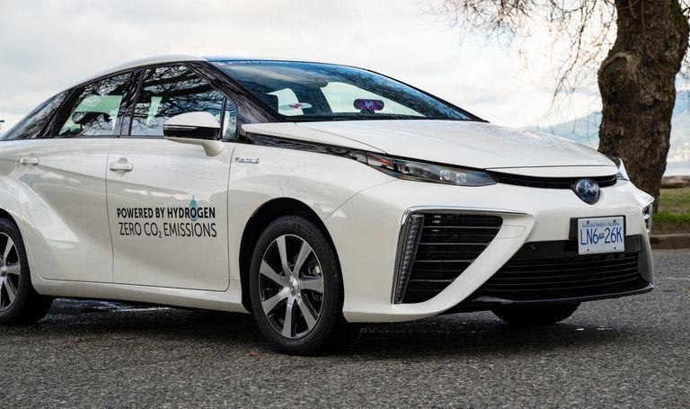 Toyota, Lyft partner to provide Mirai rentals to B.C. drivers