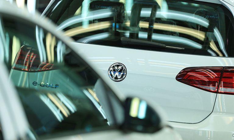 VW on line 900x540.jpg