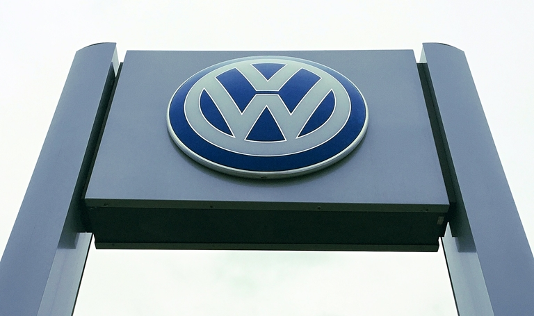 Volkswagen charged with violating Canada's vehicle emission standards
