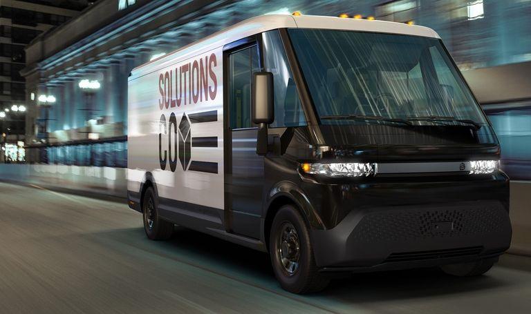 Unifor ratifies GM deal that includes $1B retool for electric van production