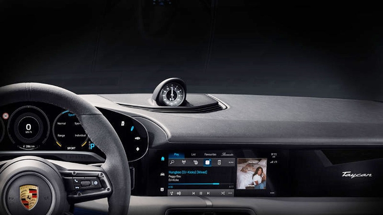 Porsche, Apple Music partner on infotainment
