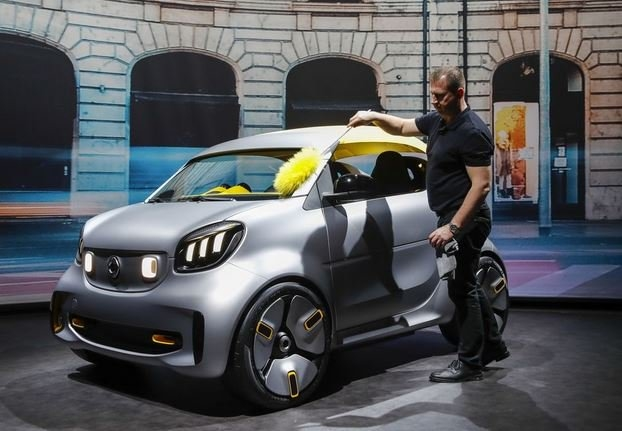 Smart: The tiny Daimler that refuses to die