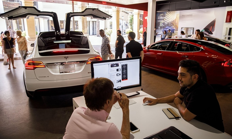 Tesla says it'll offer lower-priced Model S, Model X