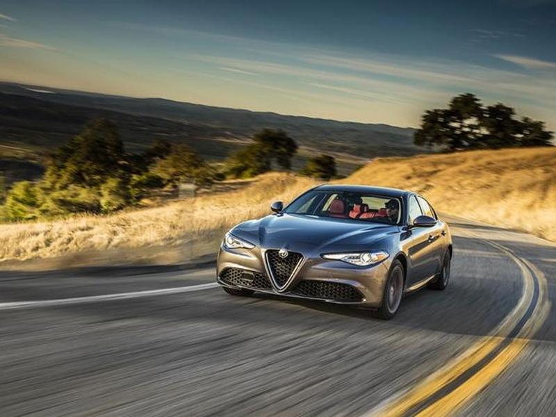 Alfa Romeo Giulia Canada Price >> 2017 Alfa Romeo Giulia Starting Price Is 48 995 In Canada