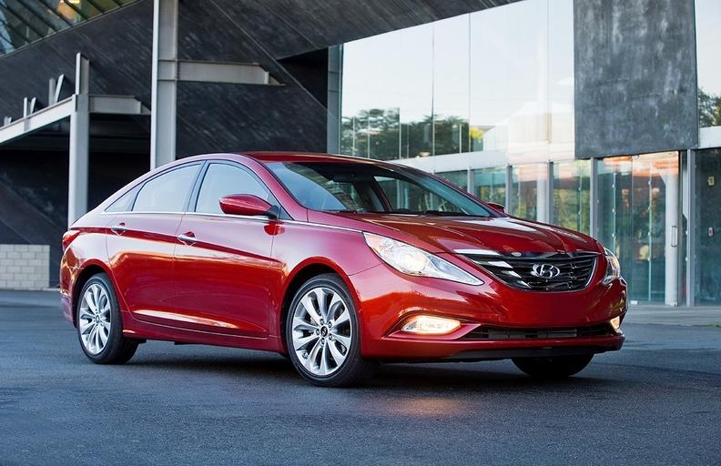 2013 Hyundai Sonata-MAIN_i.jpg
