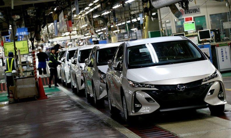 Japan Prius prod 20 web.jpg