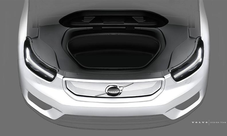 Volvo XC40 EV front trunk 900x540.jpg