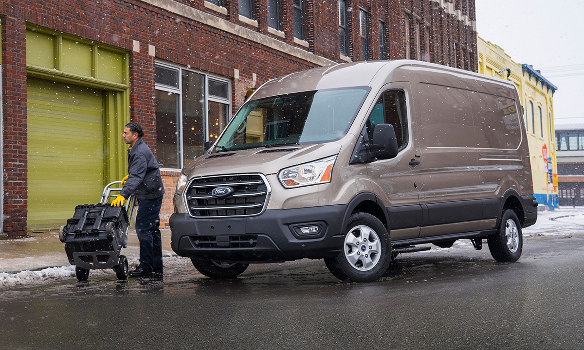 a4abcdeec5717e DETROIT — Ford Motor Co. is freshening its Transit vans with new driver  assistance technology and two new engines in the hopes of increasing its  share — and ...