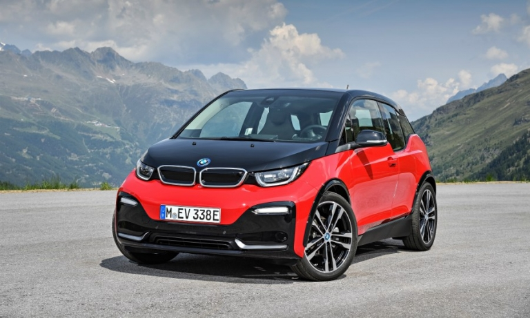 BMW plans to offer 12 full-electric cars by 2025