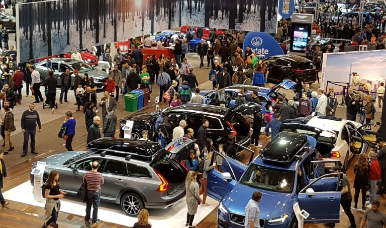 Can the Toronto auto show stem automaker defections?